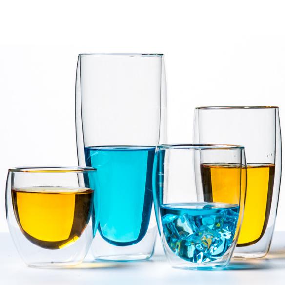 Chọn ly rượu theo chất liệu, màu sắc
