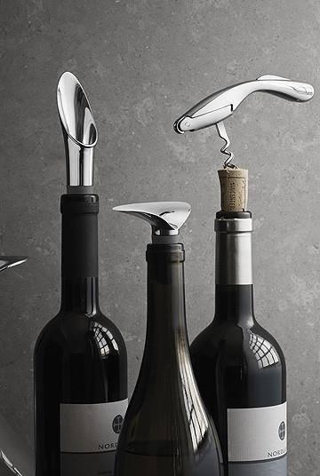 Thiết kế phụ kiện mở rượu vang